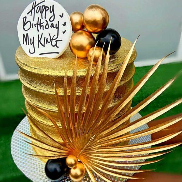 The golden cake